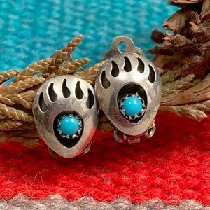 Vintage Shadow Box Bear Claw Clip On Earrings